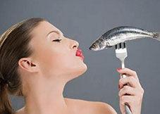 鱼刺卡喉怎么办?