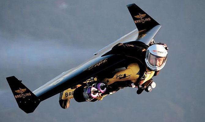 圆你飞行梦的单人喷气式飞行器