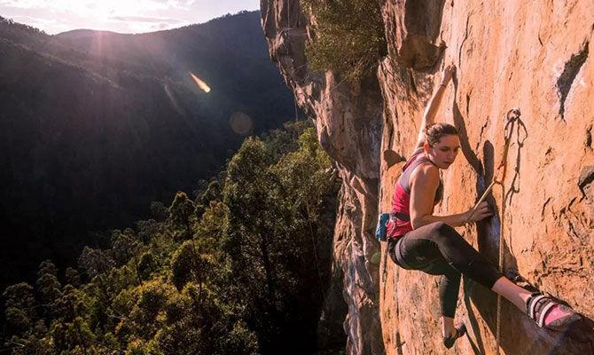 喜欢攀岩的你需要掌握这9个基本技巧