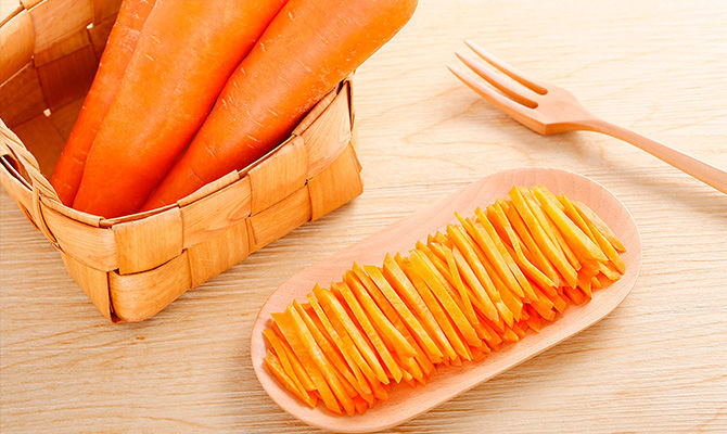 吃胡萝卜提高视力吗?