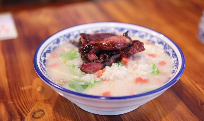 汤泡饭对胃伤害有多大?