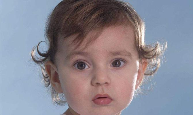 儿童补钙19:缺钙对孩子头发生长有影响吗?