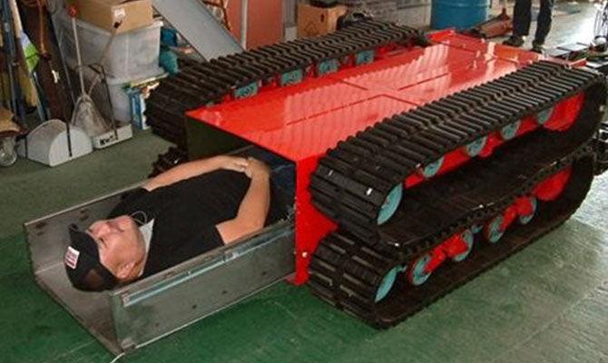抗震救灾地震救援机器人